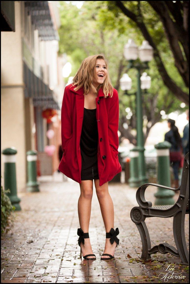 cassia-karin-photography-redlands-ca-red-winter-coat105.jpg