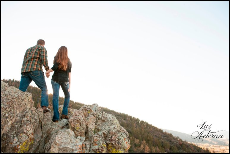 cassia-karin-photography-Engagement-shoot-tehachapi-mountain-plaid-fall-vista0019.jpg