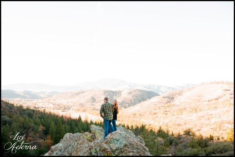 cassia-karin-photography-Engagement-shoot-tehachapi-mountain-plaid-fall-vista0020.jpg