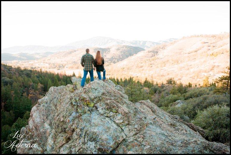 cassia-karin-photography-Engagement-shoot-tehachapi-mountain-plaid-fall-vista0021.jpg