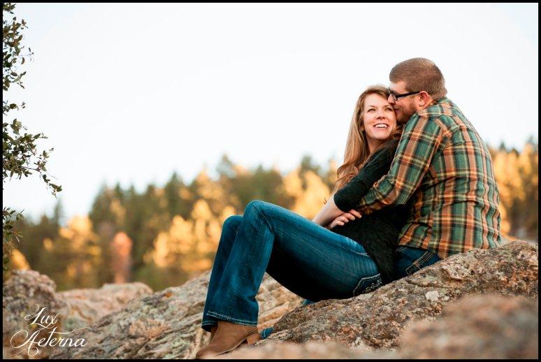 cassia-karin-photography-Engagement-shoot-tehachapi-mountain-plaid-fall-vista0028.jpg