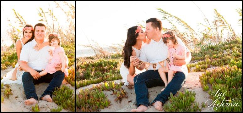 cassia-karin-photography-Engagement-shoot-venture-beach-july-2016-wedding-white-dress-family-print-girl103.jpg