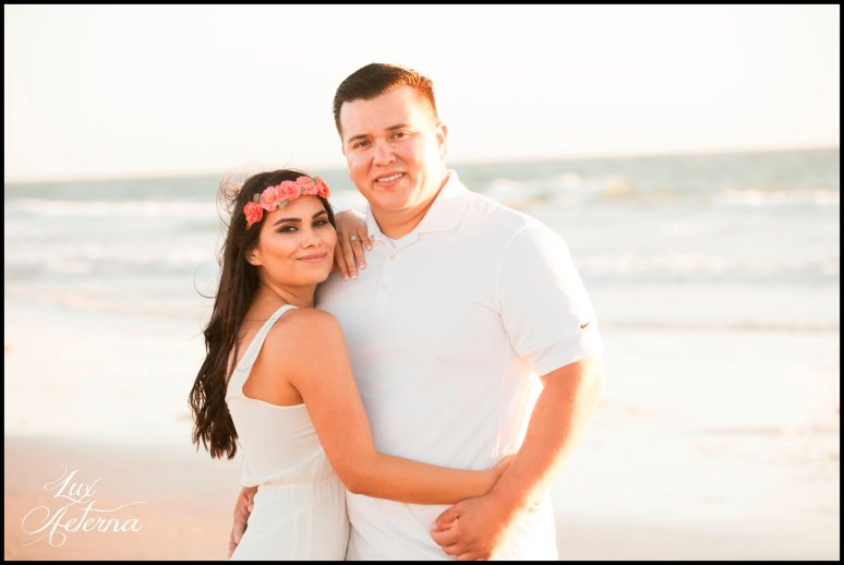 cassia-karin-photography-Engagement-shoot-venture-beach-july-2016-wedding-white-dress-family-print-girl116.jpg