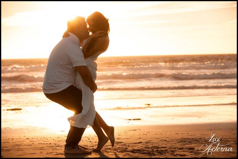 cassia-karin-photography-Engagement-shoot-venture-beach-july-2016-wedding-white-dress-family-print-girl120.jpg