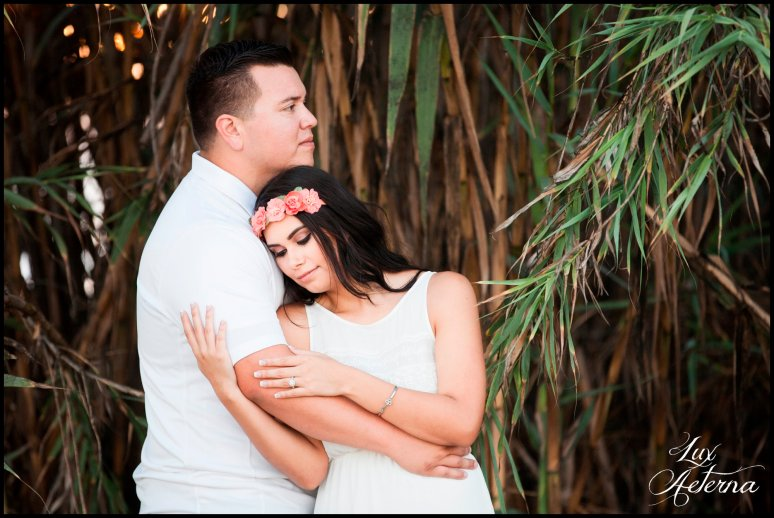 cassia-karin-photography-Engagement-shoot-venture-beach-july-2016-wedding-white-dress-family-print-girl127.jpg