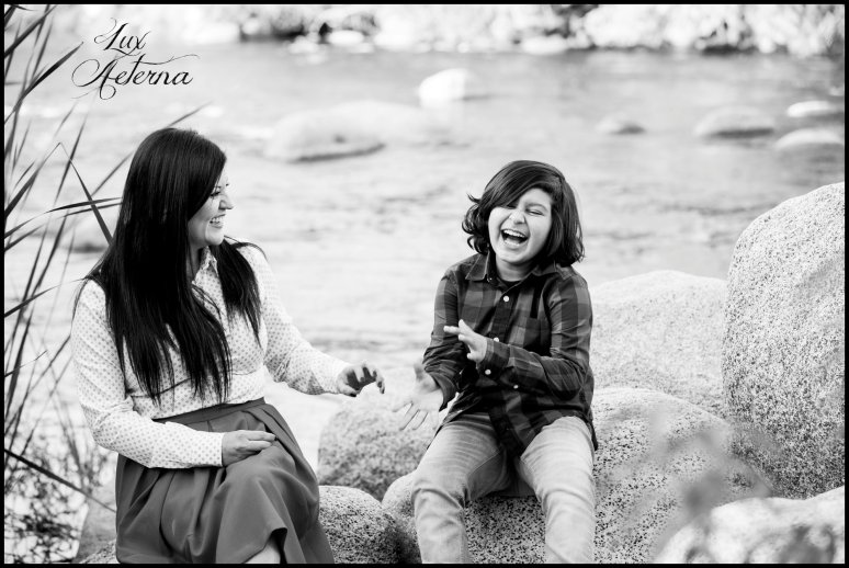 cassia-karin-photography-kern-river-family-photo-shoot-18.jpg
