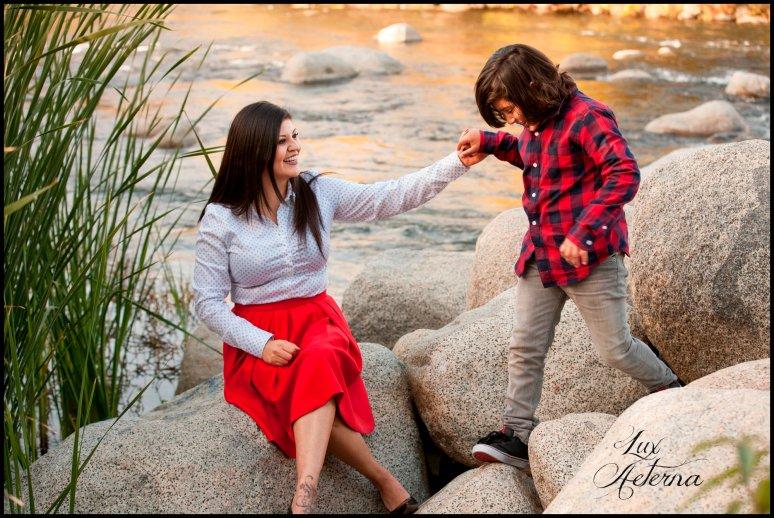 cassia-karin-photography-kern-river-family-photo-shoot-19.jpg