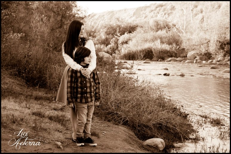 cassia-karin-photography-kern-river-family-photo-shoot-98.jpg