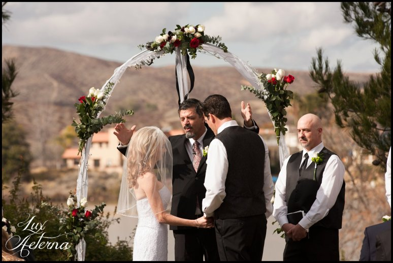 canyon-lake-country-club-wedding-clouds-groom-bride-lake-boat-boey-dock-roses-cassia-karin-lux-aeterna-photography039.jpg