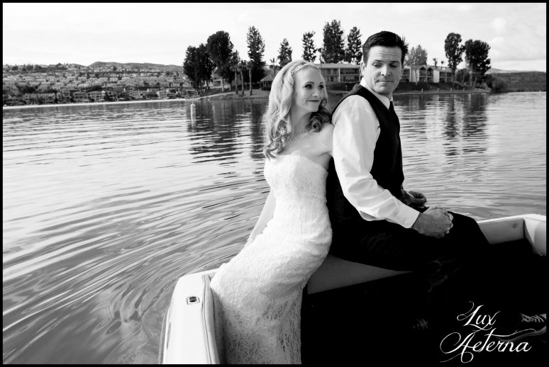 canyon-lake-country-club-wedding-clouds-groom-bride-lake-boat-boey-dock-roses-cassia-karin-lux-aeterna-photography052.jpg