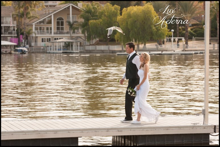 canyon-lake-country-club-wedding-clouds-groom-bride-lake-boat-boey-dock-roses-cassia-karin-lux-aeterna-photography057.jpg