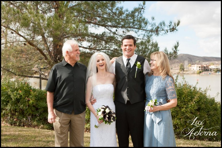 canyon-lake-country-club-wedding-clouds-groom-bride-lake-boat-boey-dock-roses-cassia-karin-lux-aeterna-photography065.jpg