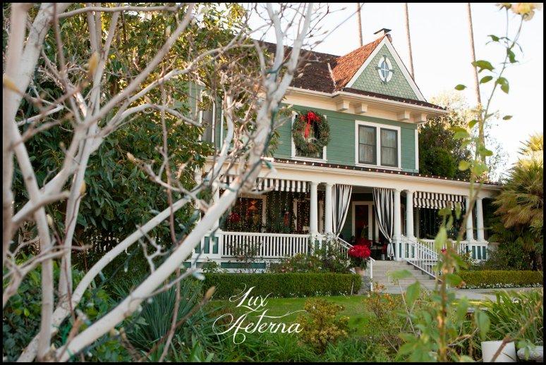 cassia-karin-photograph-christmas-house-rancho-cucamnga-california-wedding-family-002.jpg