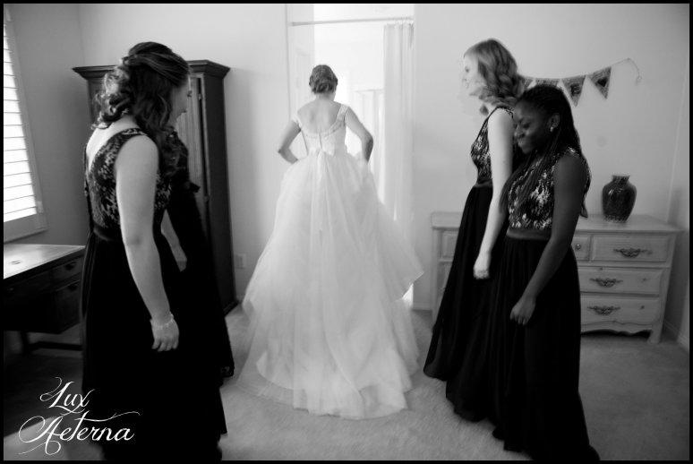 cassia-karin-photograph-tall-bride-short-groom-grace-community-church-sun-valley-california-wedding028.jpg