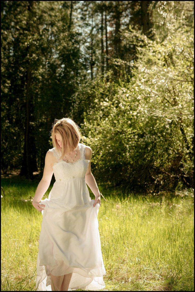 blog_cassia_karin_lux_aeterna_photography_yosemite_national_park_california_wedding_elopement_family_fields_waterfalls_portraits_bride_groom_kids-223.jpg