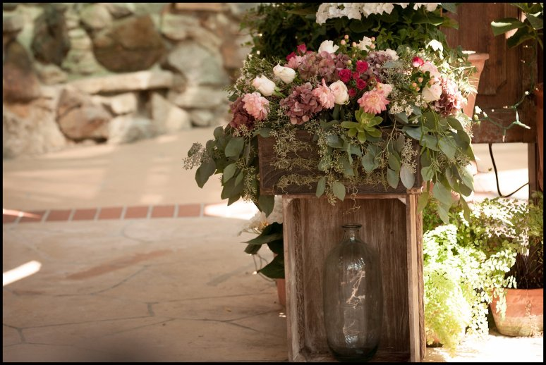 cassia_karin_lux_aeterna_photography_wedding_photography_california_laguna_beach_tivolia_terrace_wedding_bride_groom_marriage_ceremony-114.jpg