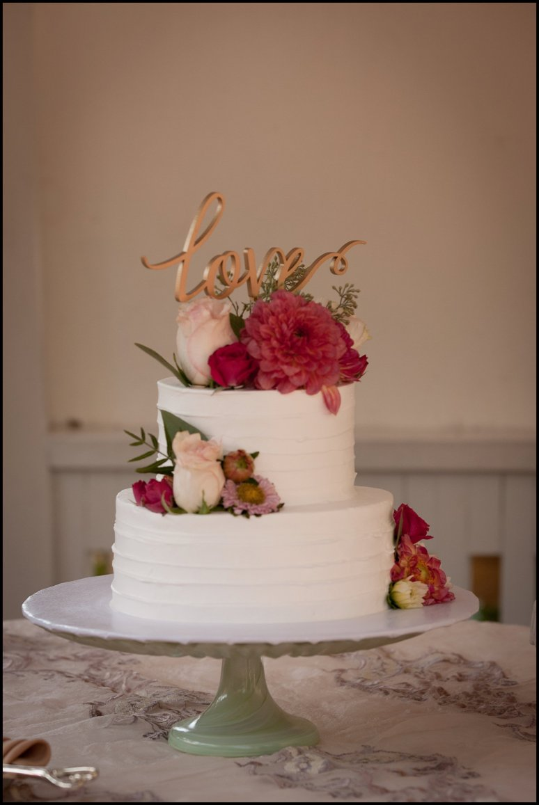 cassia_karin_lux_aeterna_photography_wedding_photography_california_laguna_beach_tivolia_terrace_wedding_ring_cake-100.jpg