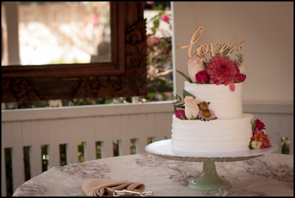 cassia_karin_lux_aeterna_photography_wedding_photography_california_laguna_beach_tivolia_terrace_wedding_ring_cake-101.jpg