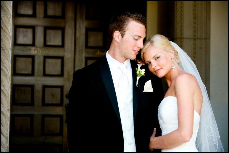 weddings_cassia_karin_photography_california_lux_aeterna_weddings_bride_groom_flowers0002.jpg