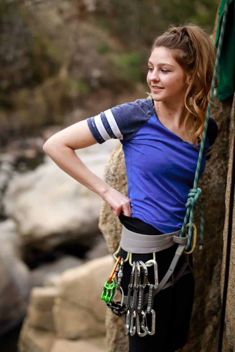highland_highschool_senior_portraits_bakersfield_ca_kern_river_rock_climbing_tierra_by_cassia_karin_photography_climber-4